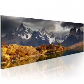 Kép Mountain landscape before a storm